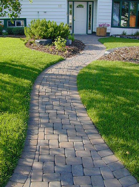 Paving stone walkways stone taffy design for Paving designs for small garden path
